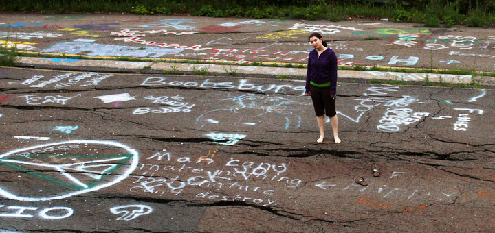 Centralia graffiti on Route 61. Credit: Flickr/thisisbossi